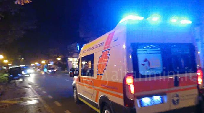 Un'ambulanza in soccorso (Foto repertorio)