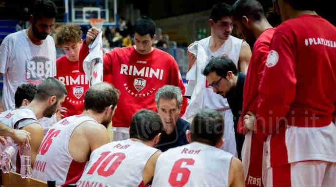 Un time out di Rinascita basket Rimini (foto da pagina fb)