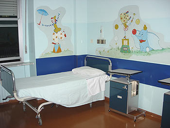 Donati otto Pc all'ospedale