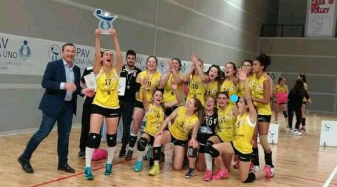 La Ke Car Riviera Volley è campione Under 18 territoriale femmimnile